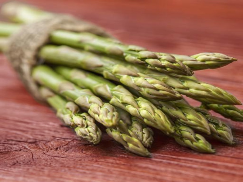 Asparagus_stock-image-Fresh-Asparagus-Soup-recipe_1000x700_copy.jpg